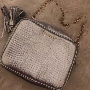 Woman's silver crossbody bag